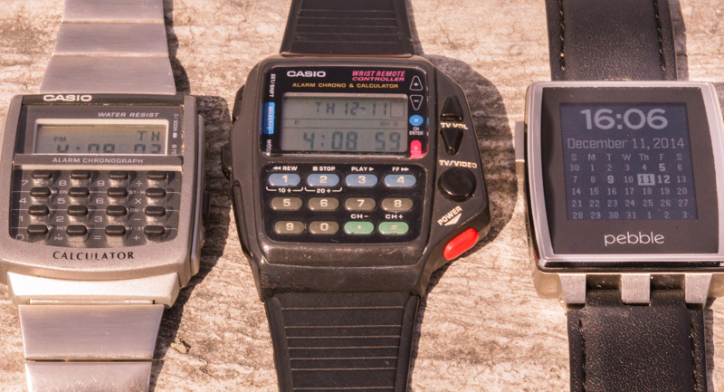 On the left you have another Casio model with calculator only, very useful in 90's as well. On the right we have Pebble, which is doing a great job because it is a remake of a watch and not a smartphone alias in your wrist. Nice job, Pebblers! Actually I have one and love it.